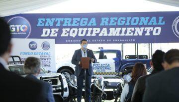Entregan equipamiento policial  a municipios del Noreste y Centro del Estado