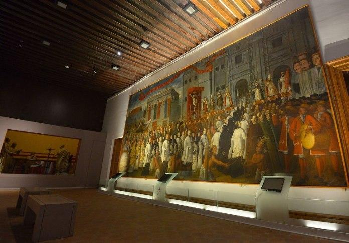 7-tour-the-regional-museum-michoacano