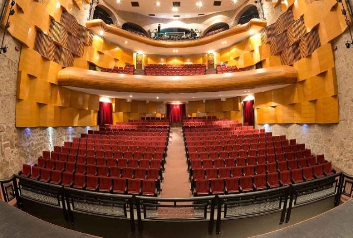 8-attend-the-theater-ocampo