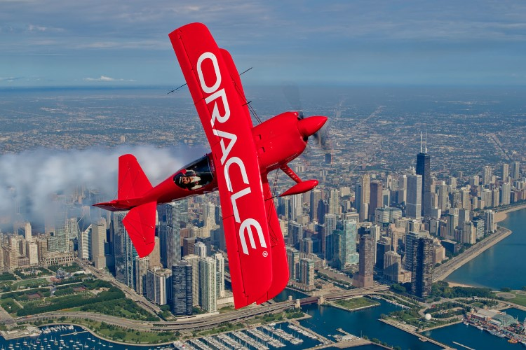 Oracle Corp: Tech Bounce Opportunity with 20%+ Upside