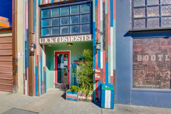 luckydshotel-cr-luckydshostel