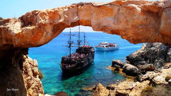 epic-boat-trips-cyprus-cr-jan-majer