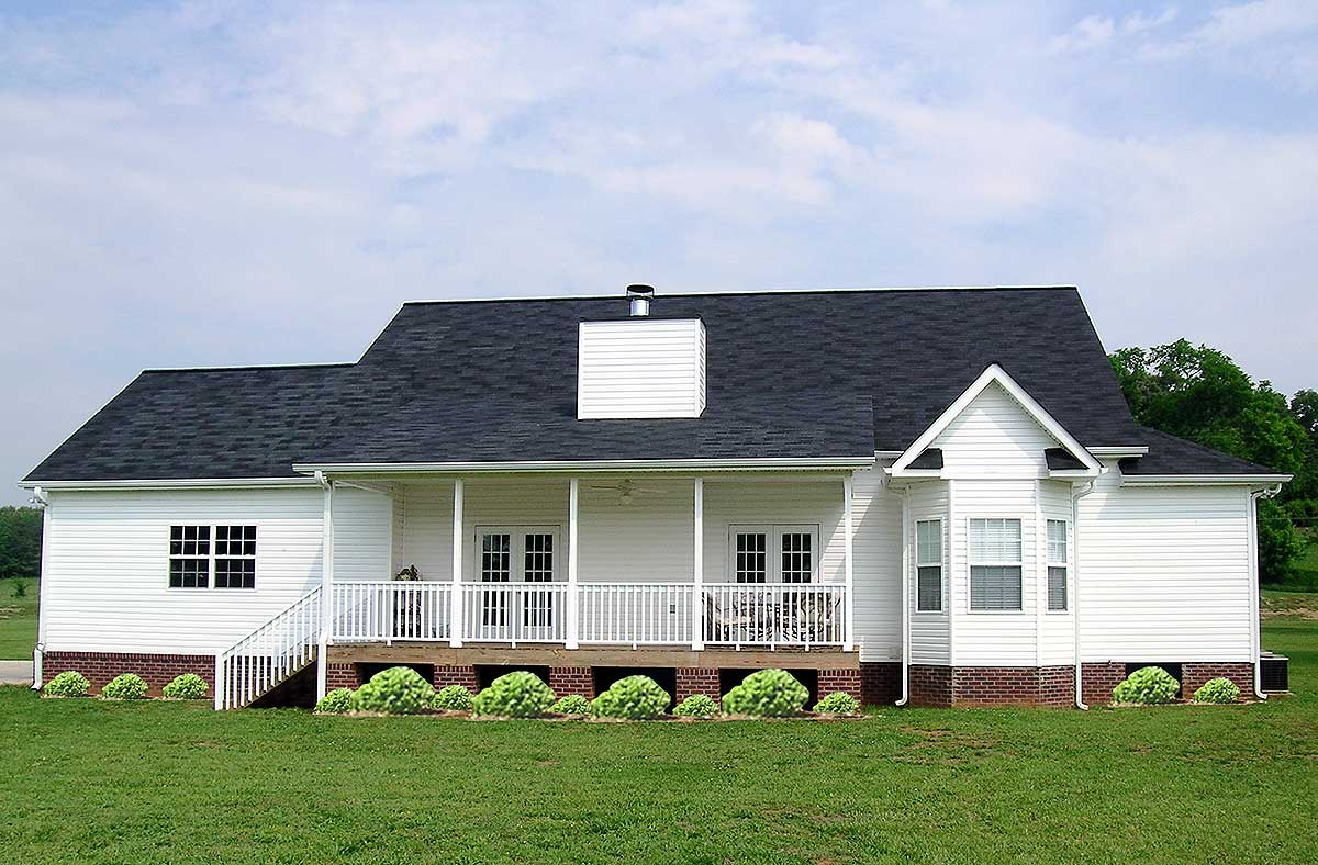 Farmhouse-Style Ranch - 3814JA