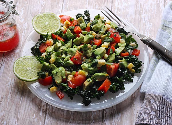 Skinny Guacamole Salad - winter salads have never tasted so fresh and awesome! From SoupAddict.com