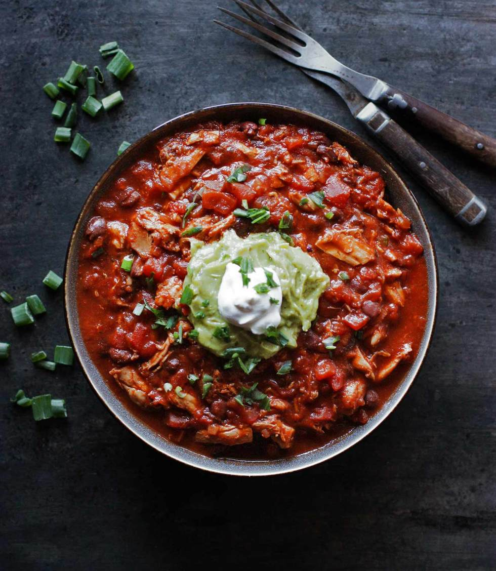 Healthy Chicken Chili | SoupAddict.com