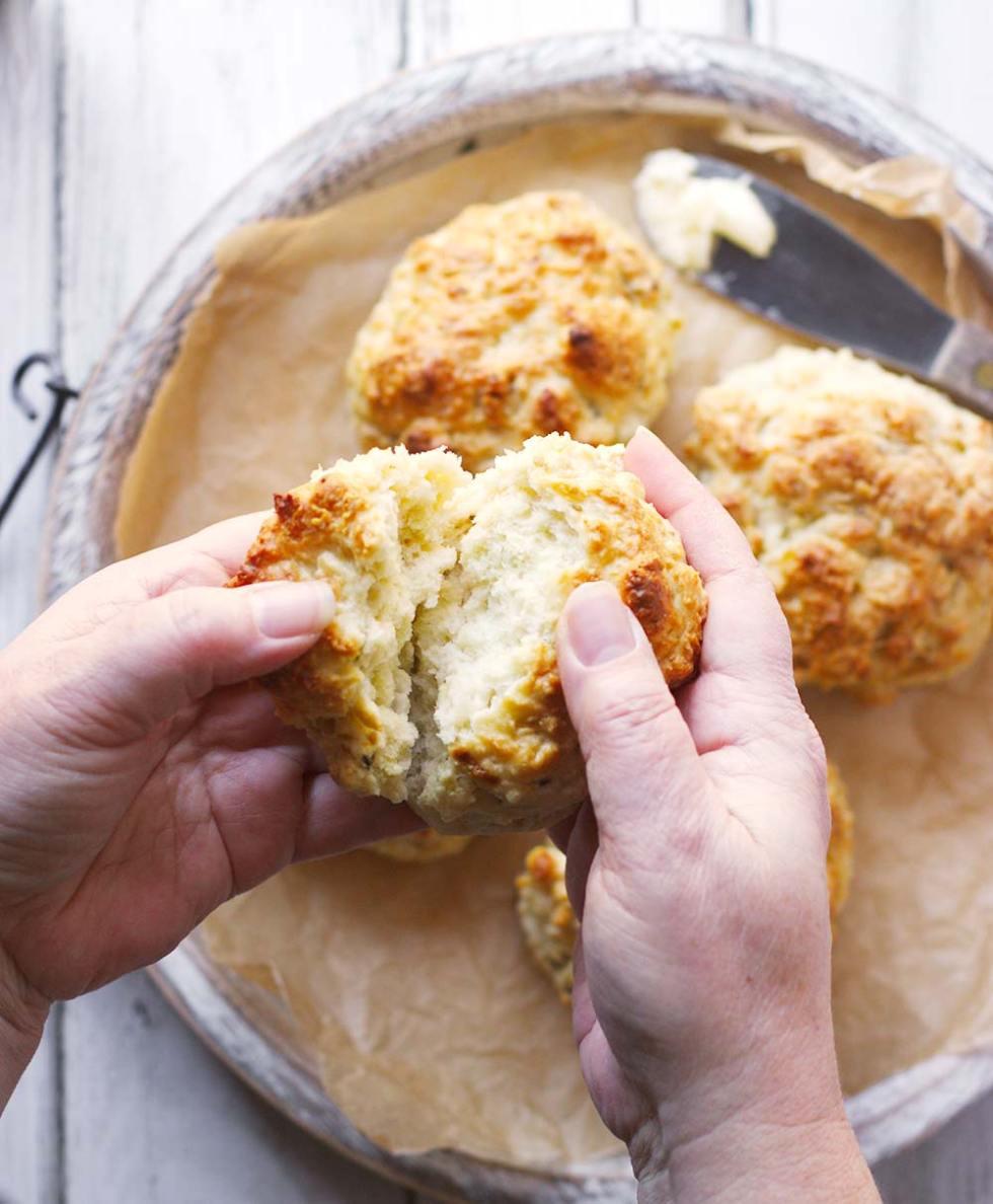 Skillet Irish Soda Bread Minis from SoupAddict.com