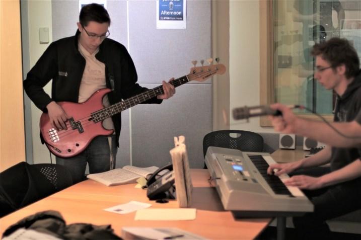 "TMHS students Ian Lear (bass) and Edgar Higgins (keys) play ""In a Sentimental Mood"" on Juneau Afternoon 3/13/2019. (Photo by David Purdy/KTOO)"