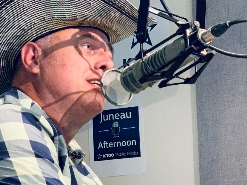Deke Dickerson on Juneau Afternoon. (Photo by Rashah McChesney/KTOO)