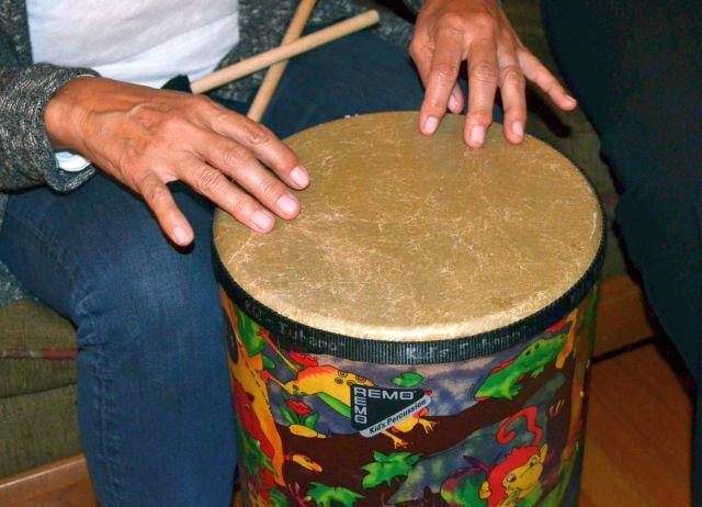 Fingers on drum