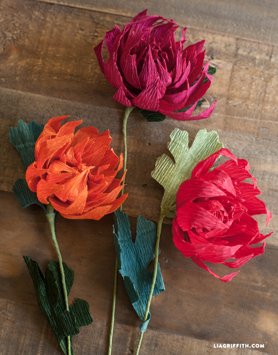 Crepe_Paper_Fall_Mum_DIY