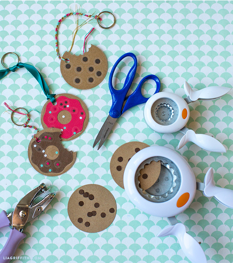 Download Sweet Keychains for Back to School - Lia Griffith