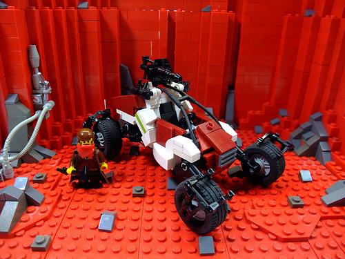 LEGO Red Faction Guerilla dune buggy
