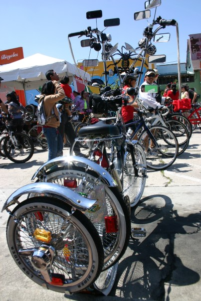 Bicicleta de lujo parte plaza en Ciclavía