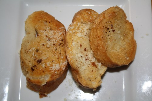 Pan con mantequilla. (Foto Agustín Durán/El Pasajero)