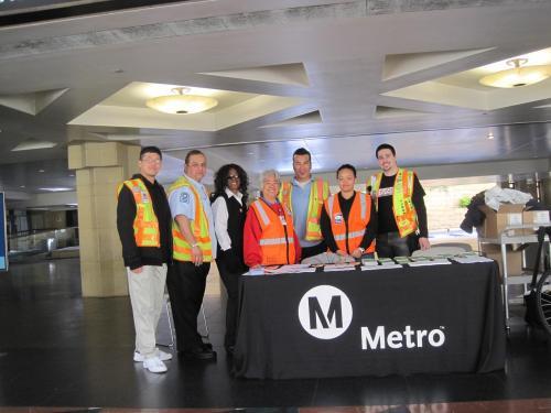 El equipo de voluntarios de Metro en Union Station.