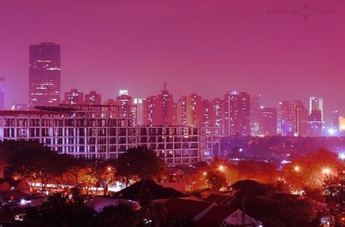 Jakarta de noche. Déle una probadita en el Enjoy Jakarta Festival este domingo. (Foto de kaybee07 vía Flickr Creative Commons).