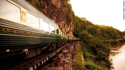 El lujoso tren Eastern & Oriental Express. Foto: CNN.