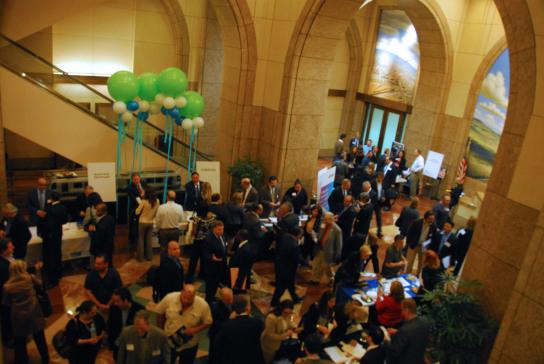 Más de 700 representantes de pequeños negocios y de 25 grandes firmas asistieron al evento