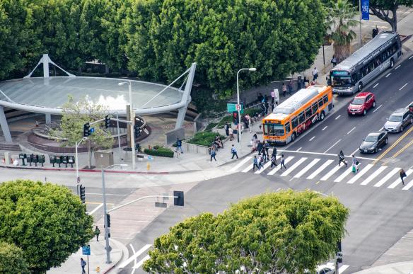 Si tiene una opinión sobre el servicio de Metro, esta e su oportunidad de hacerlo. Foto: Steve Hymon/Metro.
