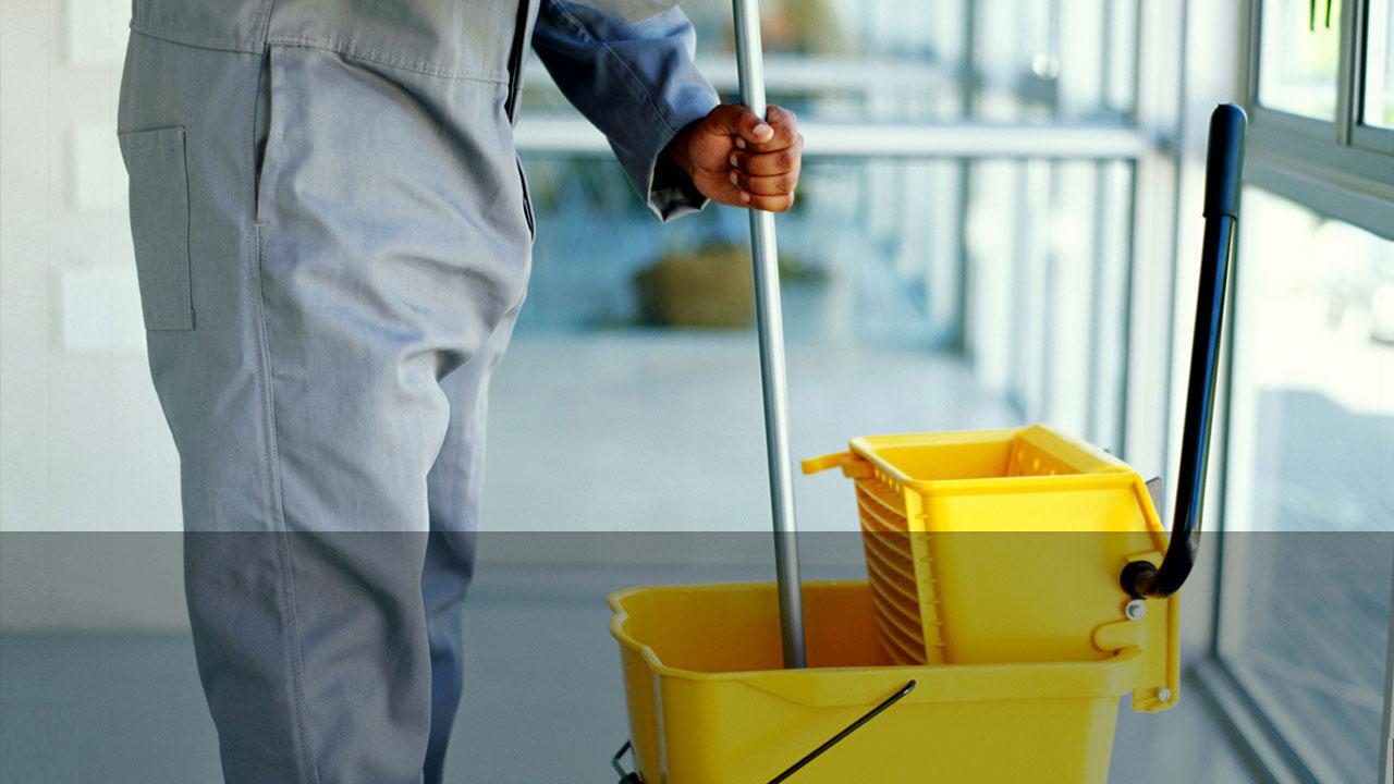 oportunidad para hacer trabajo de limpieza en oficinas y