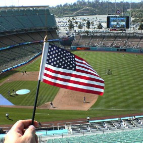 dodgerstadium-flag