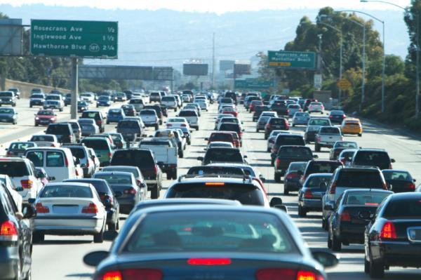 El condado de L.A. ha agregado 2.5 millones de personas a su población de 1980 a la fecha.
