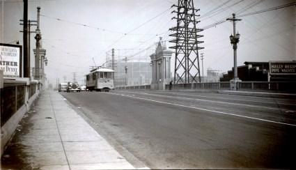 B Line on the Macy Street Bridge (now Cesar Chavez Avenue). Photo by Alan Weeks.