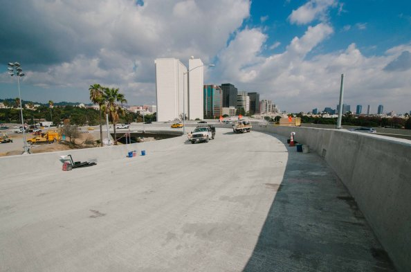 The view looking back on the new NB ramp toward Westwood. Photo by Steve Hymon/Metro.