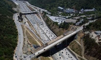 A birds-eye view of work on both the Mulholland Bridge (bottom) and Skirball Center Drive bridge.