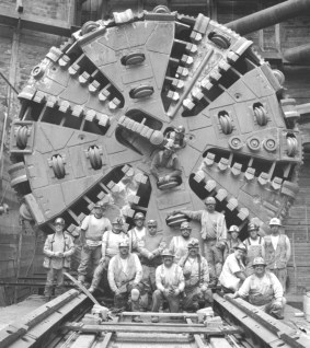 RC_Miners-Tunnel-Boring-Machine