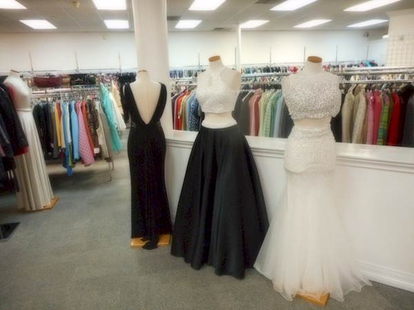 The 9 Best Places In Dfw To Get Red Carpet Worthy Gowns