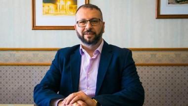 Petrakosky buscará mejorar la relación con el Ejecutivo Municipal.