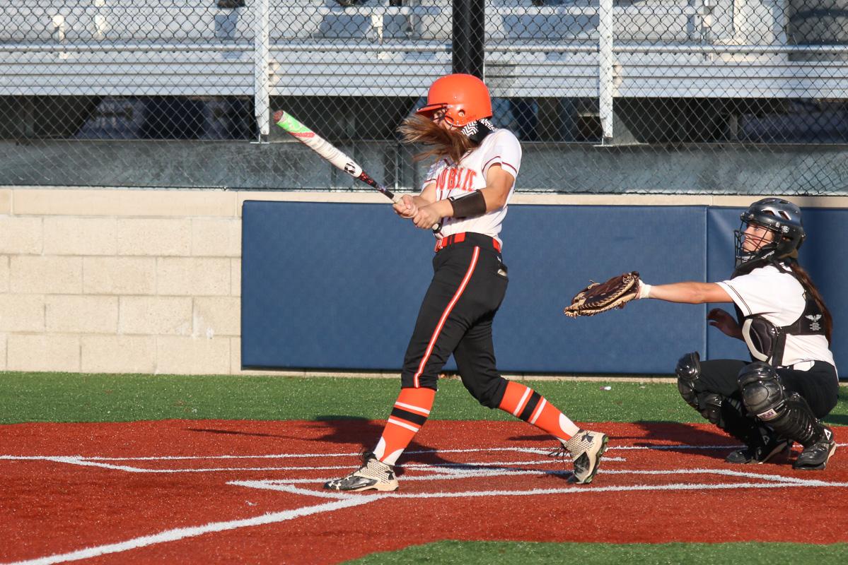 Photos: Varsity Softball Vs Neosho (Districts)