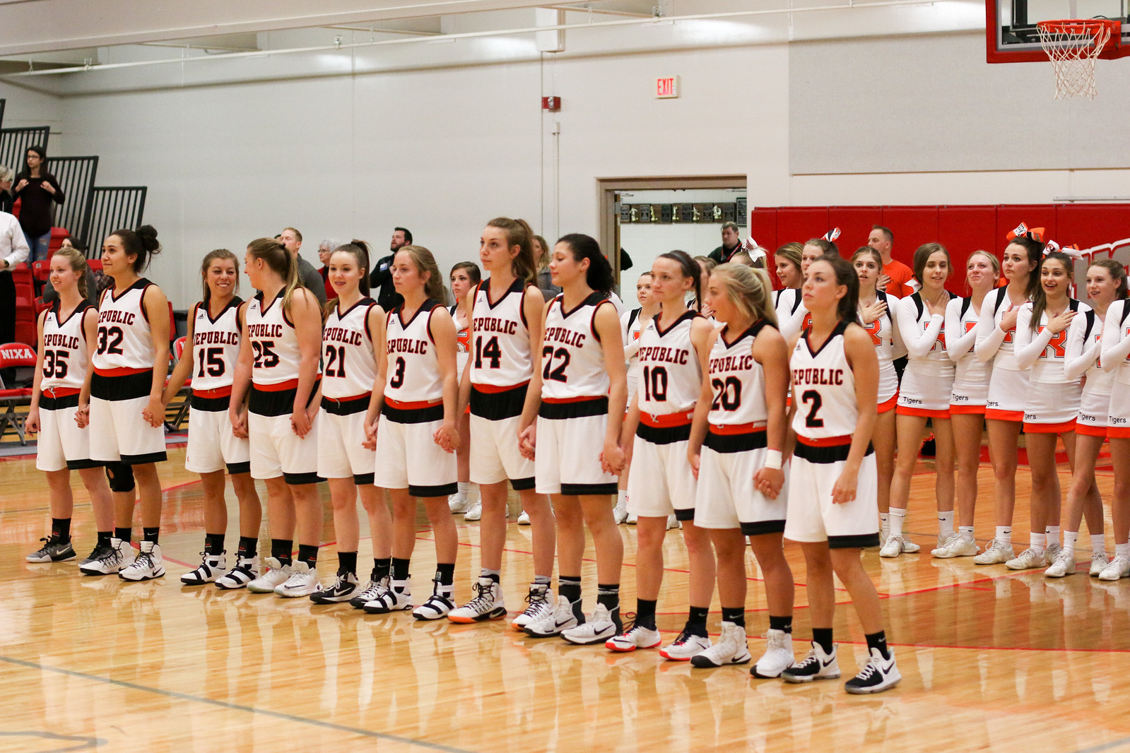 Photos: Varsity Girls Basketball Vs Joplin