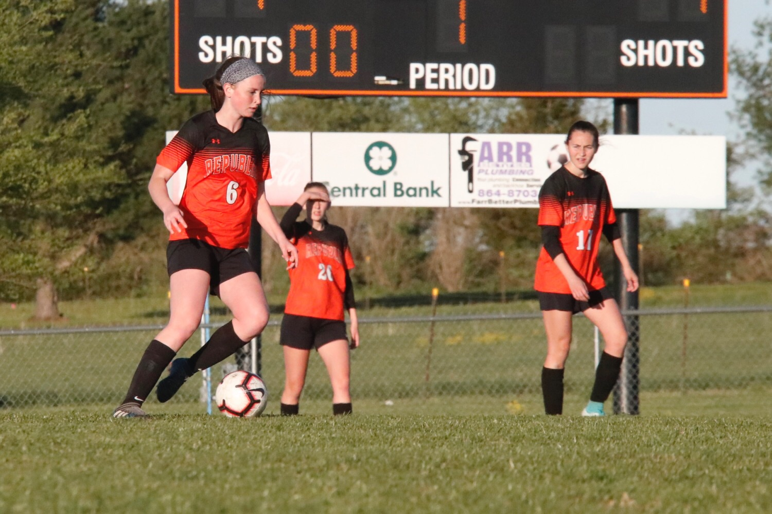Disastrous Finish Sinks Lady Tigers