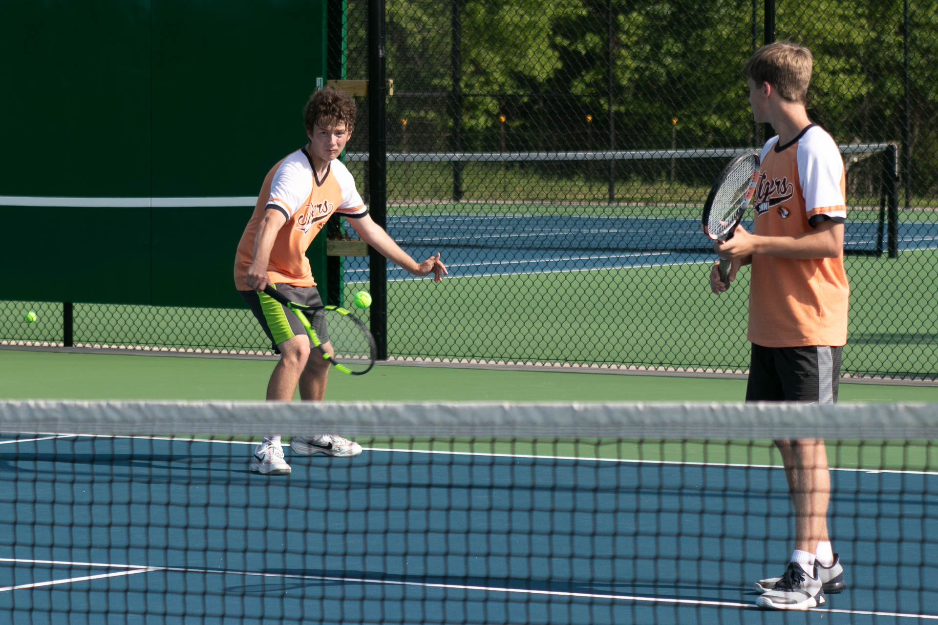 Tennis Tigers Advance To District Title Round