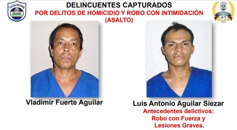 Los dos detenidos por supuesta vinculación al crimen. Cortesía/PN