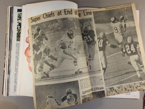 football_nfl_superbowl_1966_program_F.jpg