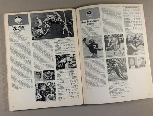 football_nfl_superbowl_1966_program_L.jpg