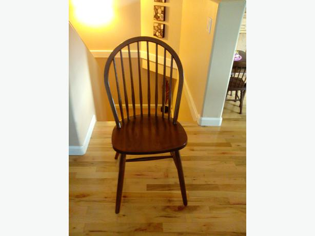 6 Solid Oak Dining Chairs North Saanich & Sidney