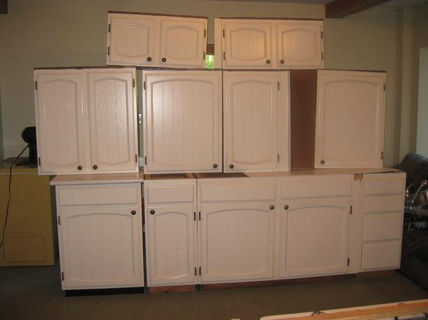 Country Style Kitchen Cabinets Central Saanich, Victoria