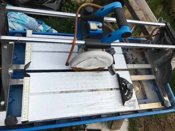 mastercraft 10a sliding wet tile saw 7