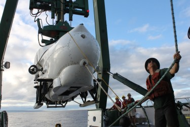 lowering the submersible