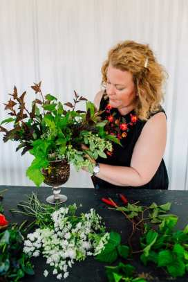 Sarah Pabody designs a custom bouquet.