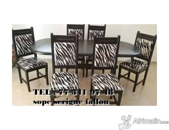 tables et chaises en bois a vendre