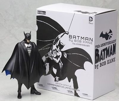 Kotobukiya SDCC Exclusive First Appearance Batman Limited Edition ArtFX+ Statue
