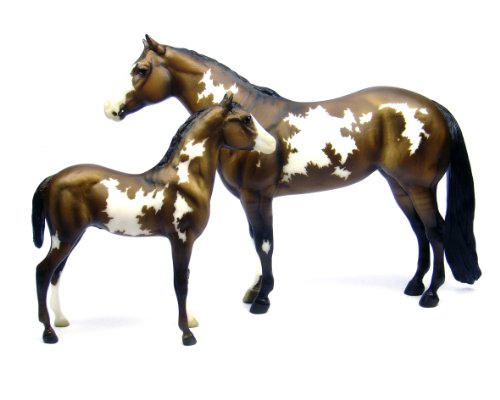 Breyer Overo Paint Mare and Foal – Traditional Toy Horse Model