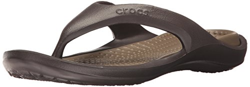 Crocs Unisex Espresso and Walnut Flip Flops Thong Sandals – M9W11