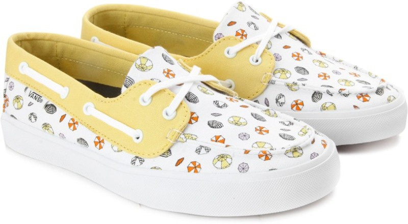 Vans CHAUFFETTE SF Boat Shoes(White, Yellow)