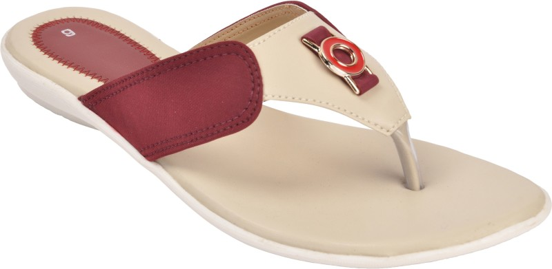 With The Fashion Women Maroon Flats
